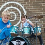 The Mini Band, la banda de primaria que versionó brillantemente a Metallica