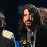 Adele y Foo Fighters arrasan en los Grammy