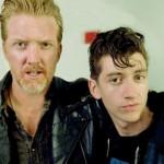 Alex Turner también ha colaborado en lo nuevo de Queens Of The Stone Age