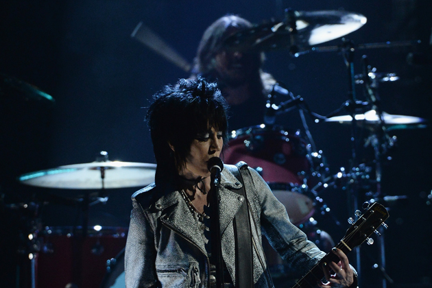Joan-Jett-Dave-Grohl1