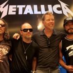 Metallica rinden tributo a a Ozzy con un set acústico