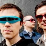 'The British Are Coming' es otro nuevo tema de Weezer