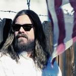 "The White Buffalo: ""Mi voz se asemeja a la de Vedder y la de Cash pero no lo hago a propósito"""