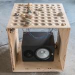 Llega la batería electrónica construida con madera y piedras