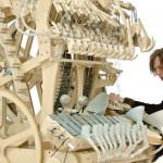 El instrumento musical que funciona con 2.000 canicas de acero