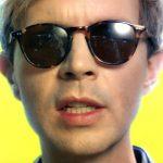 Beck estrena el colorista videoclip de 'Wow'