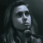 Julien Baker reinterpreta 'Doesn't Remind Me' (Audioslave) a modo de homenaje