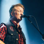 Queens Of The Stone Age fusionaron 'Clint Eastwood' de Gorillaz y 'Feel Good Hit Of Summer' en Japón