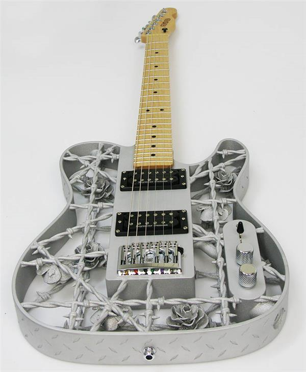 listen-to-the-world-s-first-3d-printed-aluminum-guitar-by-olaf-diegel-3