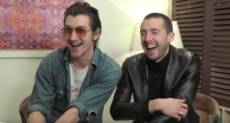 the last shadow puppets momentos divertidos