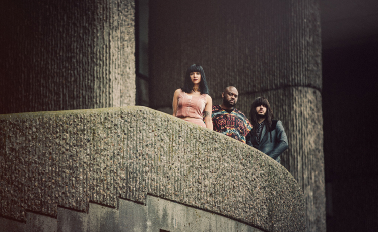 khruangbin live at lincoln hall