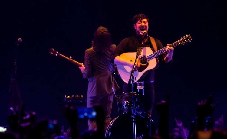 cronica mumford and sons barcelona