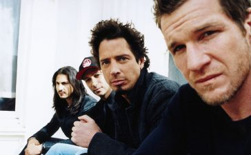 mini documental audioslave