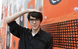 car seat headrest cant cool me down