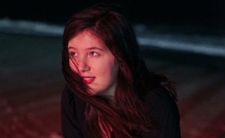 lucy dacus thumbs
