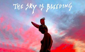 biig piig sky is bleeding